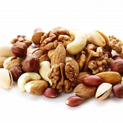 תערובת אגוזים