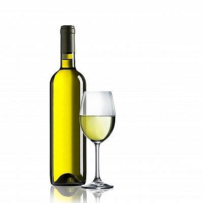 יין לבן חצי יבש