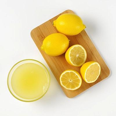 מיץ לימון סחוט טרי